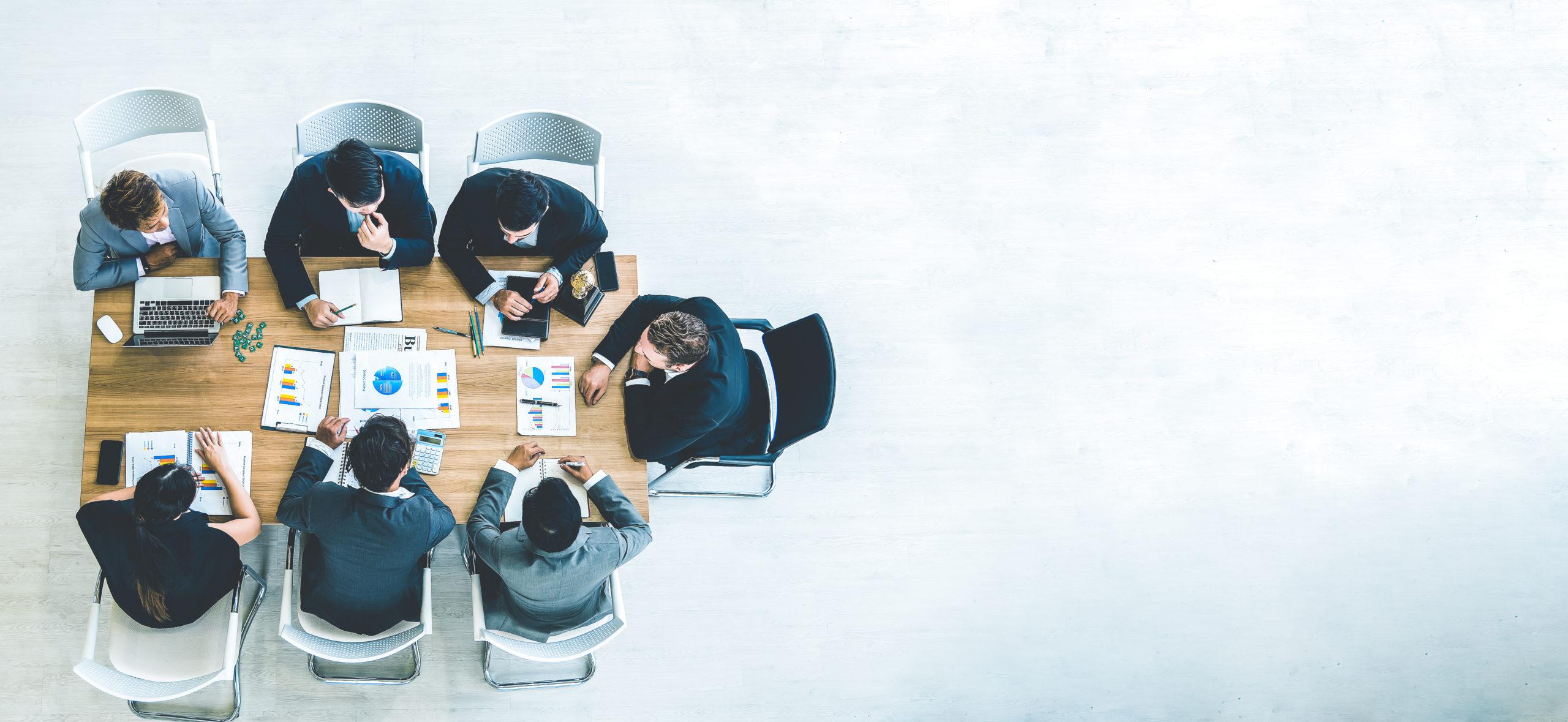 Réunion d'équipe dans une entreprise